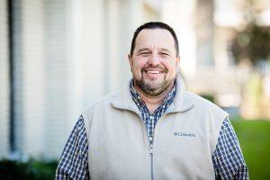 Ivon Collins • Associate Pastor